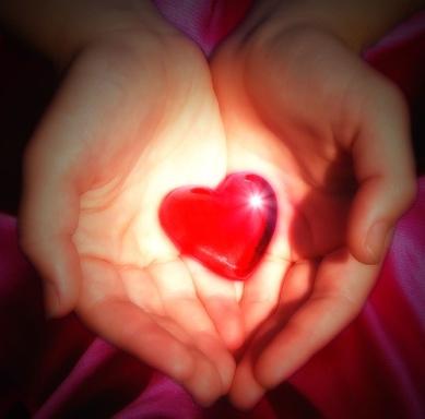 heart-in-hands2